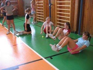 Skupinový trénink badmintonu